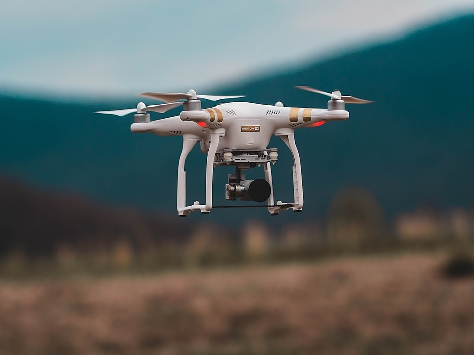 /the-rise-of-drones-in-different-industries-x1u632d2 feature image