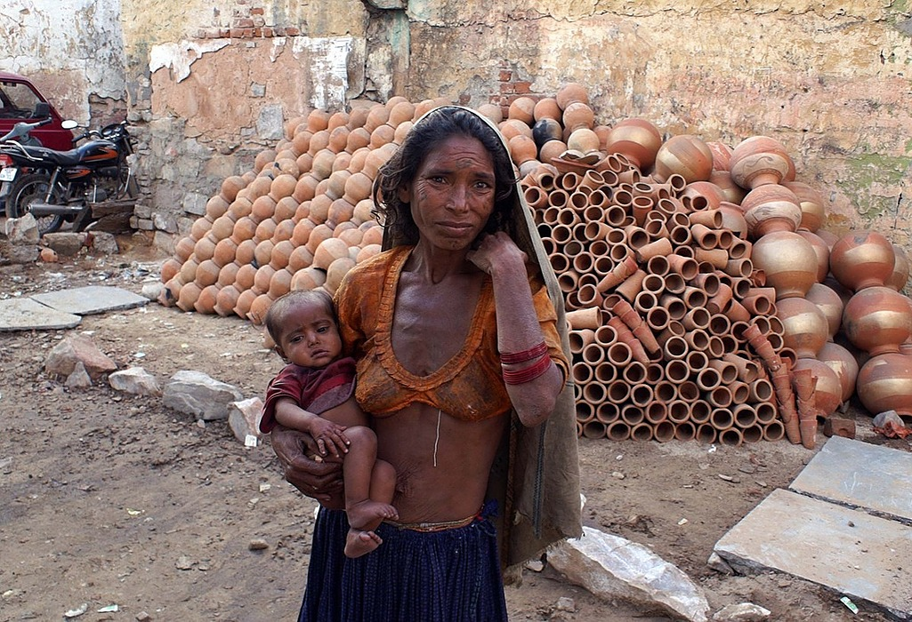 /identifying-the-poor-in-india-a-data-driven-analysis-k1f230sm feature image