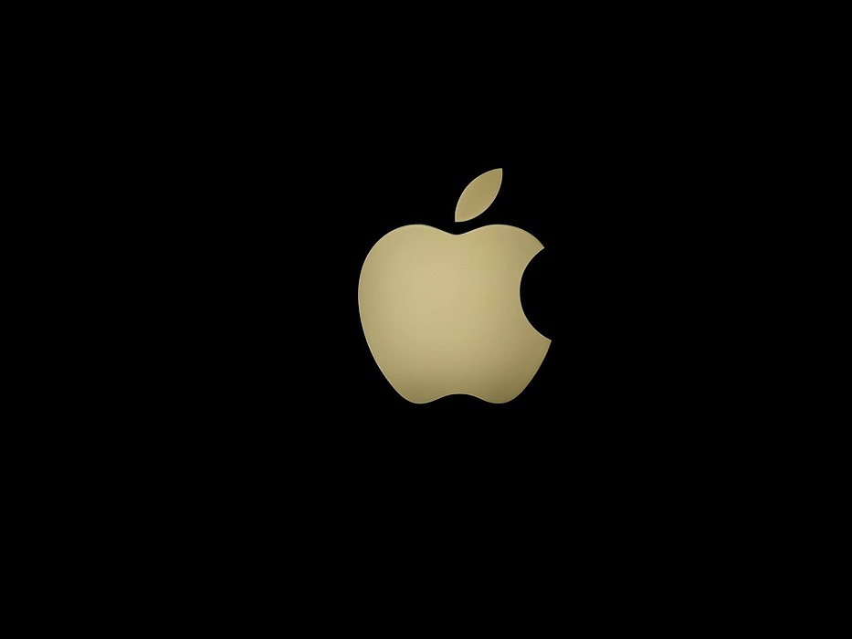 /business-lessons-to-learn-from-the-apple-next-deal-mm9q32t7 feature image