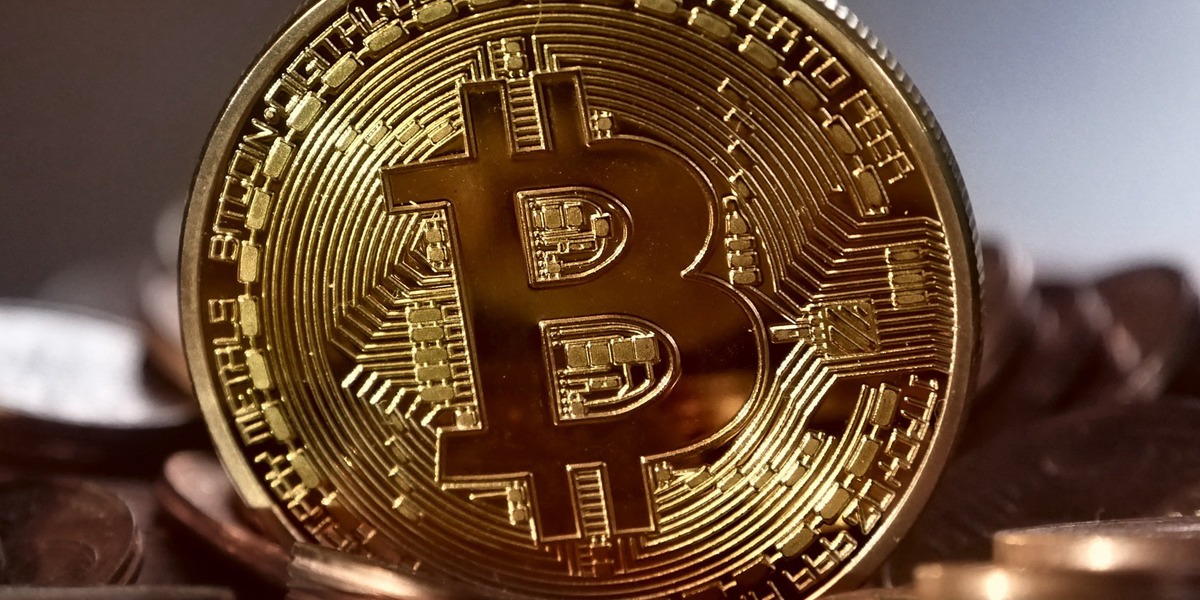 /investors-are-limiting-the-growth-of-cryptocurrency-heres-why-ecb440b4f3e7 feature image
