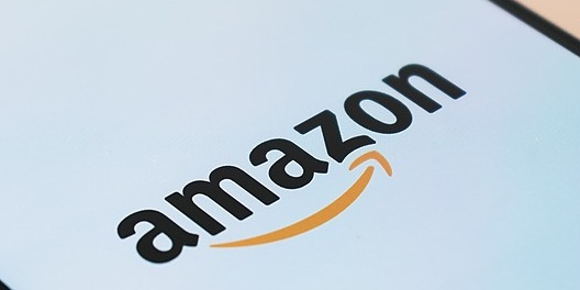/upskilling-2025-one-of-amazon-biggest-plans-in-history-to-train-100000-employees-ua4m3yik feature image