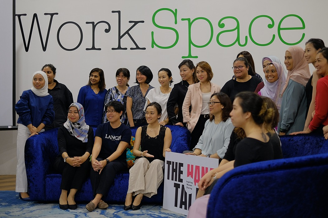 /how-crowdfunding-helps-women-startups-and-businesses-b6n832n0 feature image