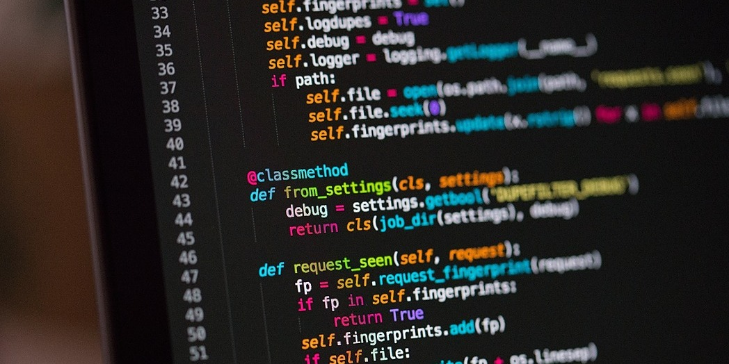 /5-reasons-why-you-should-go-to-a-coding-bootcamp-5f1s6331l feature image