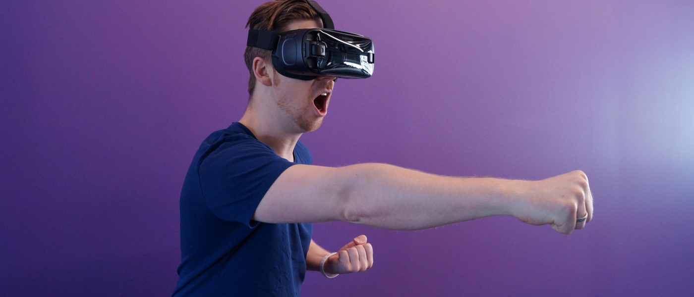 /vr-here-vr-there-vr-everywhere-applications-of-vr-tech-rsq3zny feature image