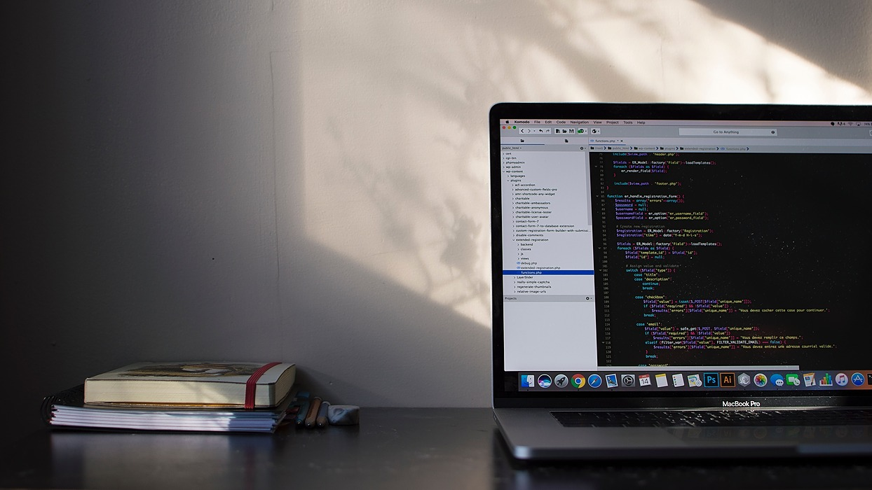 /choosing-between-ruby-on-rails-and-laravel-for-app-development-a-how-to-guide-05bu3bjc feature image