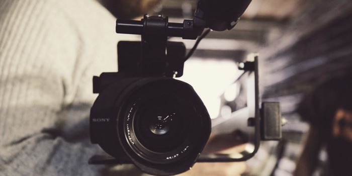/the-importance-of-video-marketing-when-promoting-real-estate-1arp32zi feature image