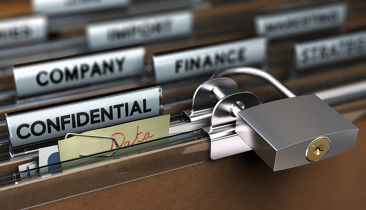 /how-to-avoid-paying-expensive-hipaa-fines-9x1832tj feature image