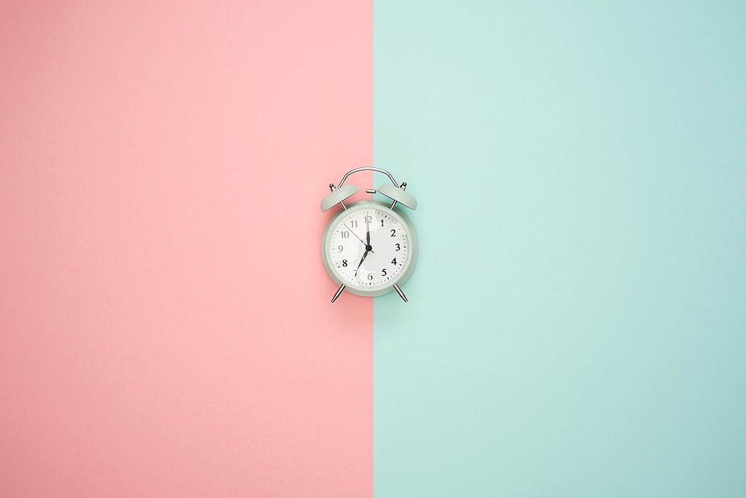 /essential-programming-versus-time-complexity-8ab536o6 feature image