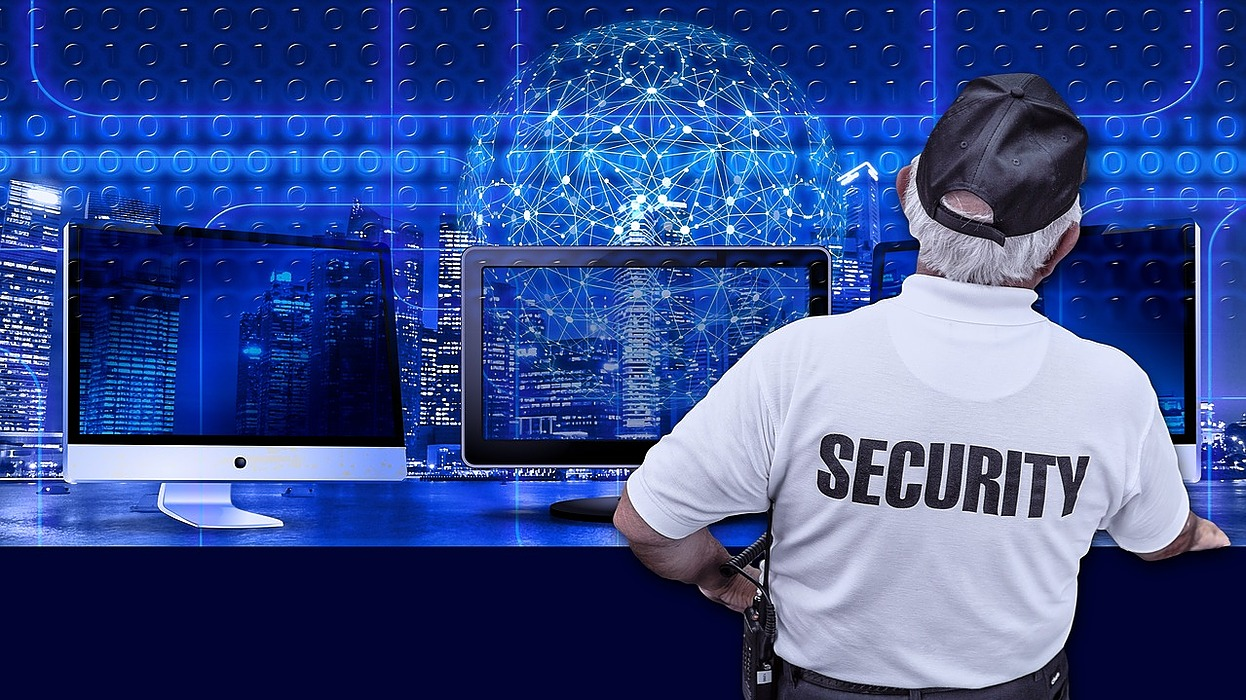 /9-essential-factors-to-consider-before-you-install-a-security-system-pd4h32am feature image