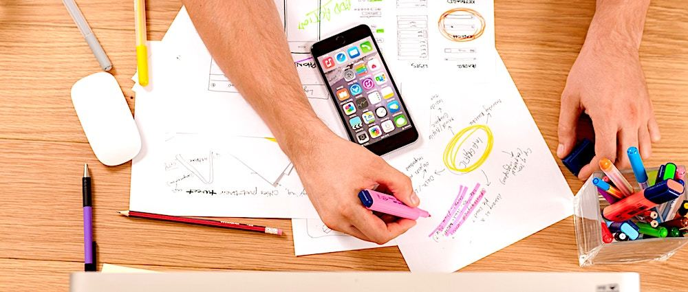 /12-product-design-principles-while-working-in-small-startups-s8bh3ww8 feature image