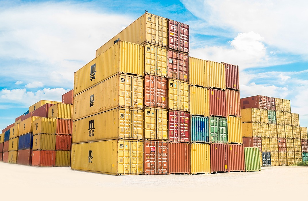 /running-multiple-docker-containers-with-custom-config-files-yi9v3yjl feature image