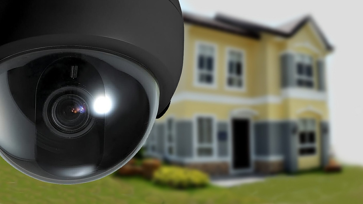 /10-security-products-to-protect-your-smart-home-l64l37am feature image