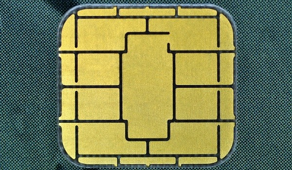 /examining-your-emv-chip-cards-frc93wa6 feature image