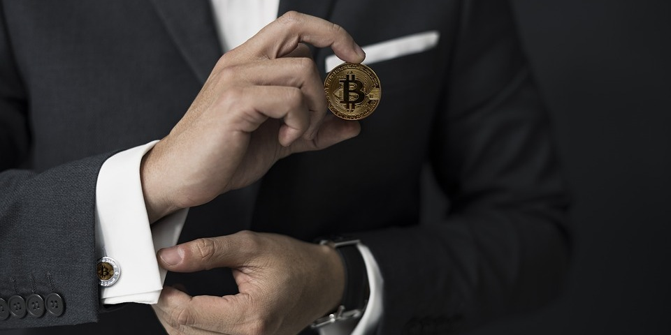 /should-you-invest-in-crypto-currency-in-2019-1p2am38o4 feature image