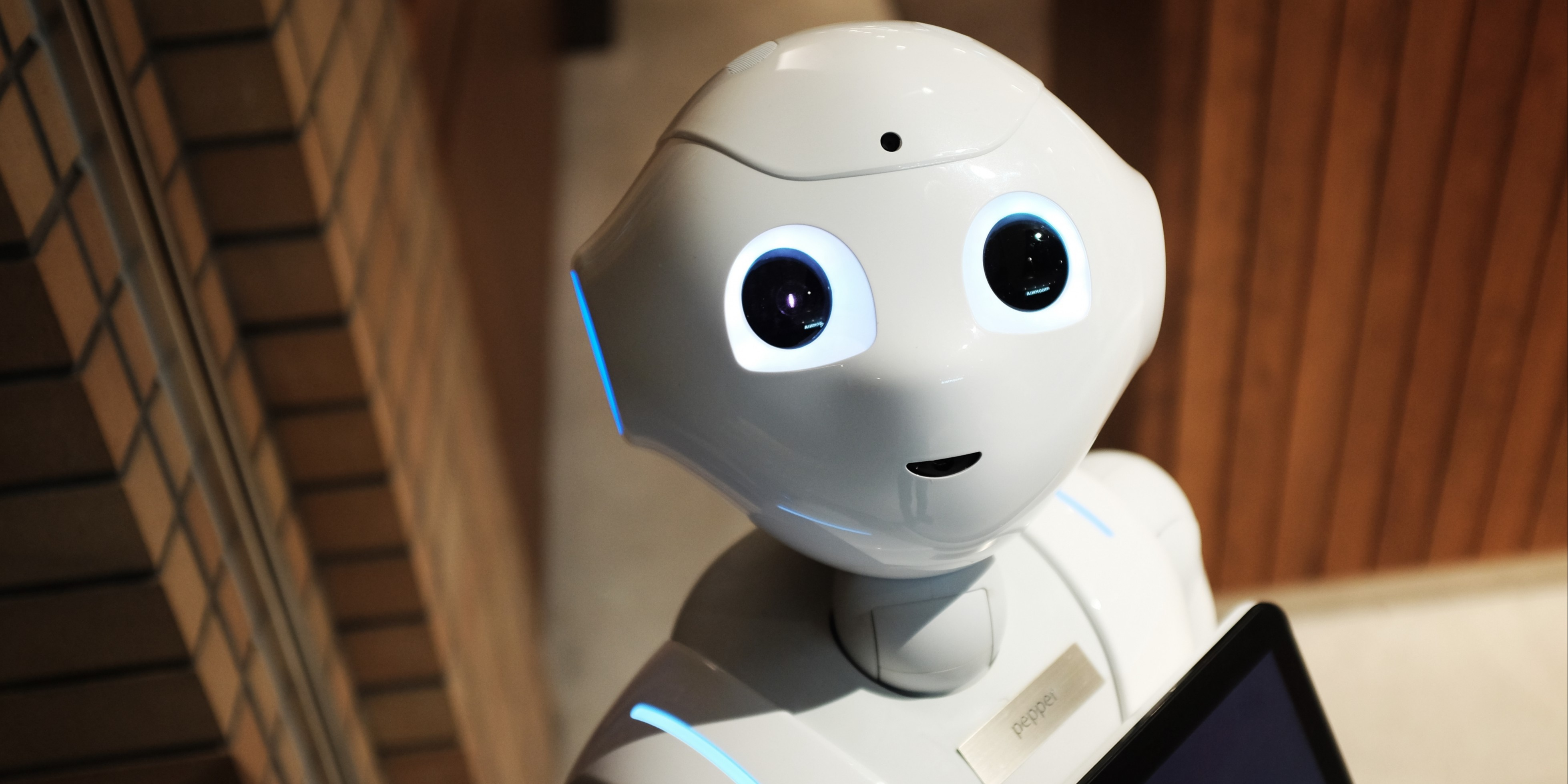 /chatbots-can-make-technology-more-accessible-7d8ea241fc11 feature image