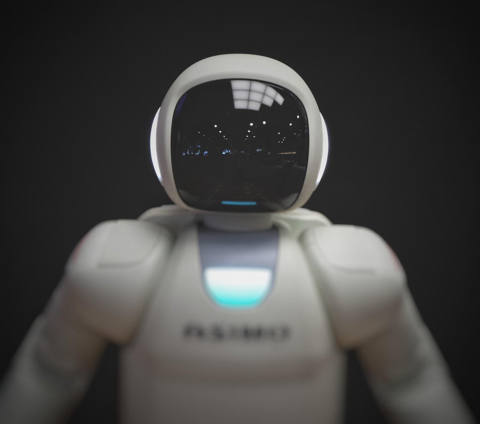 /will-robots-seize-control-of-earth-3u7u3zzg feature image