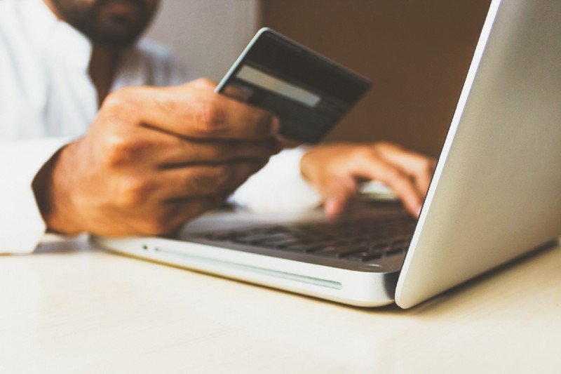 /how-to-drive-growth-for-your-online-business-at-the-point-of-purchase-wyn33ns feature image