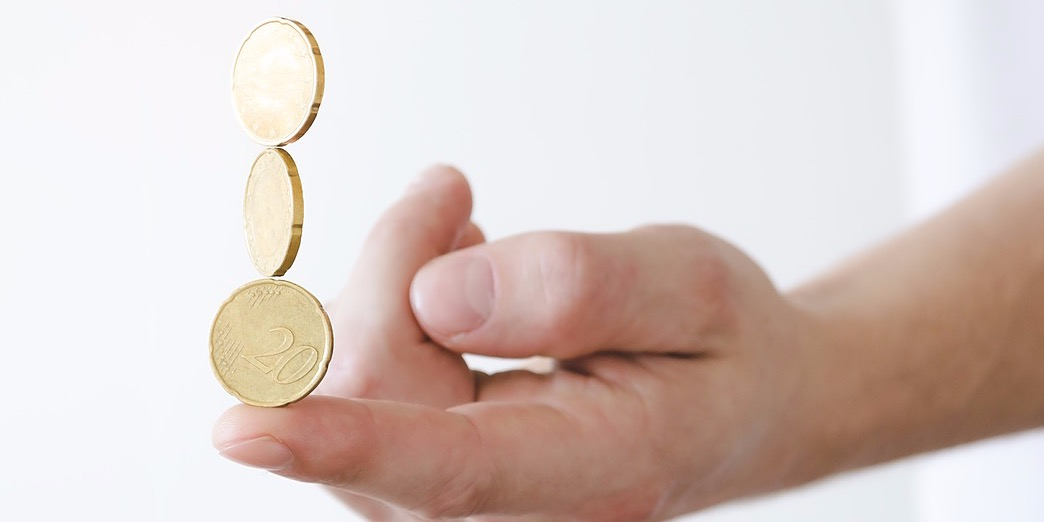/as-stablecoins-rise-in-popularity-can-it-benefit-traditional-payments-xeeh3bsf feature image