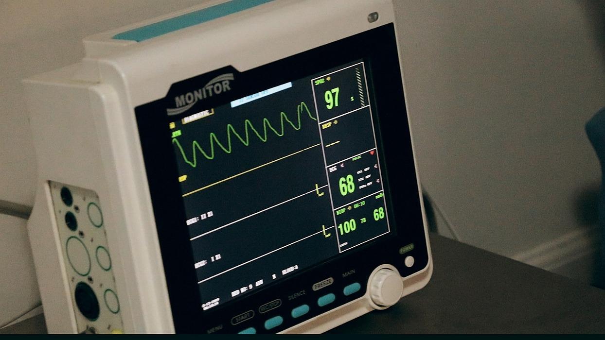 /google-analytics-heartbeat-data-visualization-eg1433sl feature image