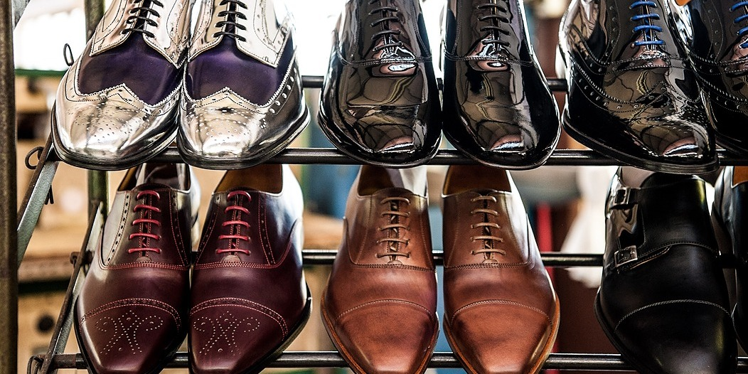 /what-156-billion-options-of-shoes-teaches-us-about-product-marketing-and-customer-service-407aa45dd733 feature image