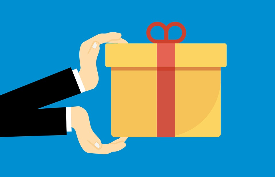 /how-the-international-parcel-service-works-xa4j3ynf feature image