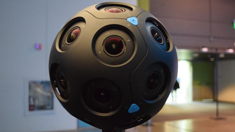 /how-you-can-shoot-wedding-with-360-video-camera-uoo32pv feature image