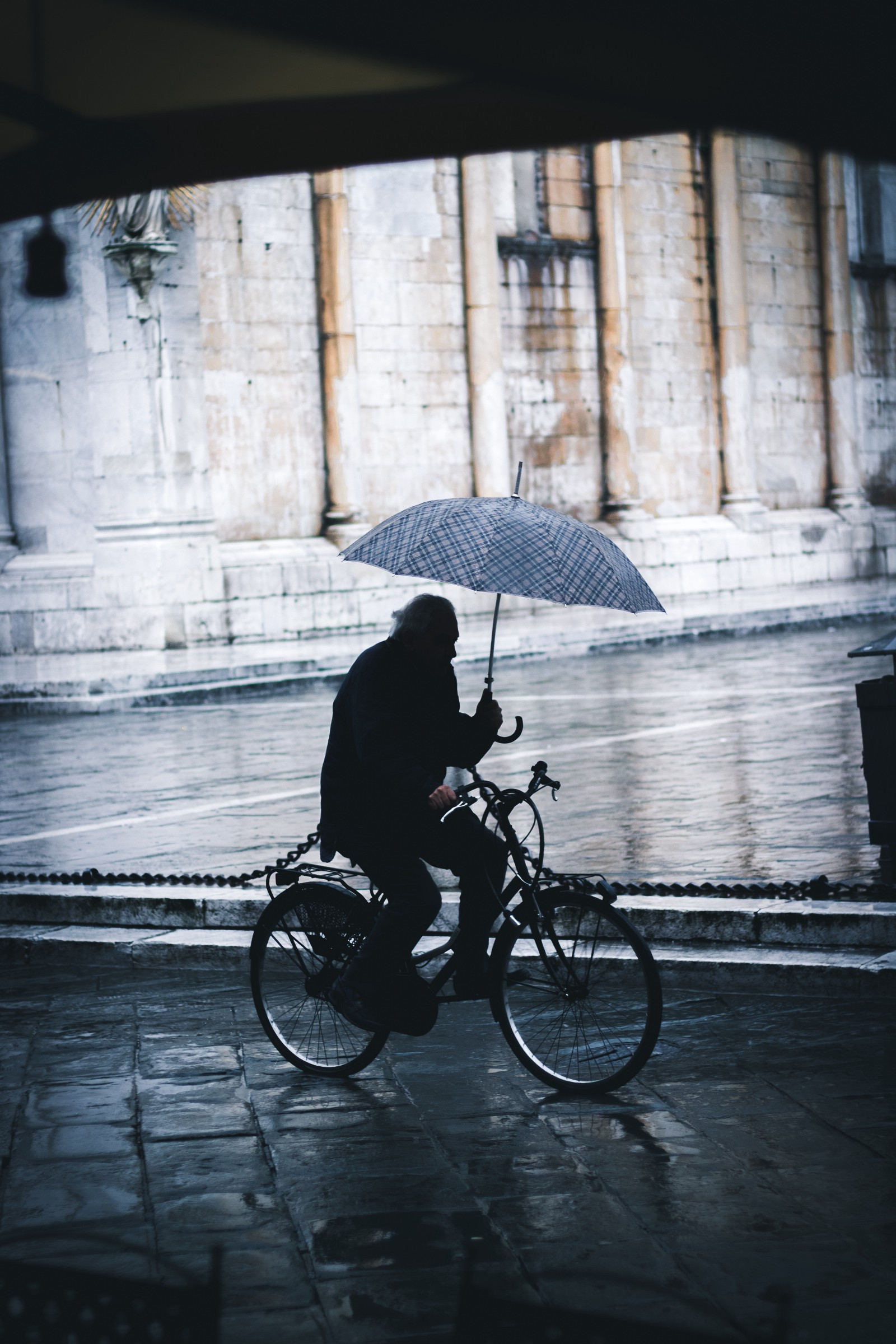 /the-bicycle-umbrella-and-now-cryptocurrency-2ea3b06caaf feature image