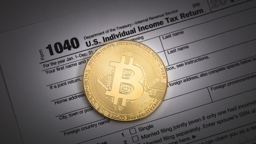 /paying-taxes-on-bitcoin-everything-you-need-to-know-afa86ade7fca feature image