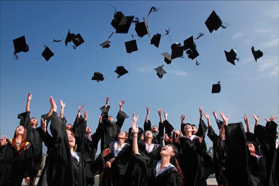 /how-lambda-school-will-improve-the-future-of-education-fe2c7a90cca1 feature image