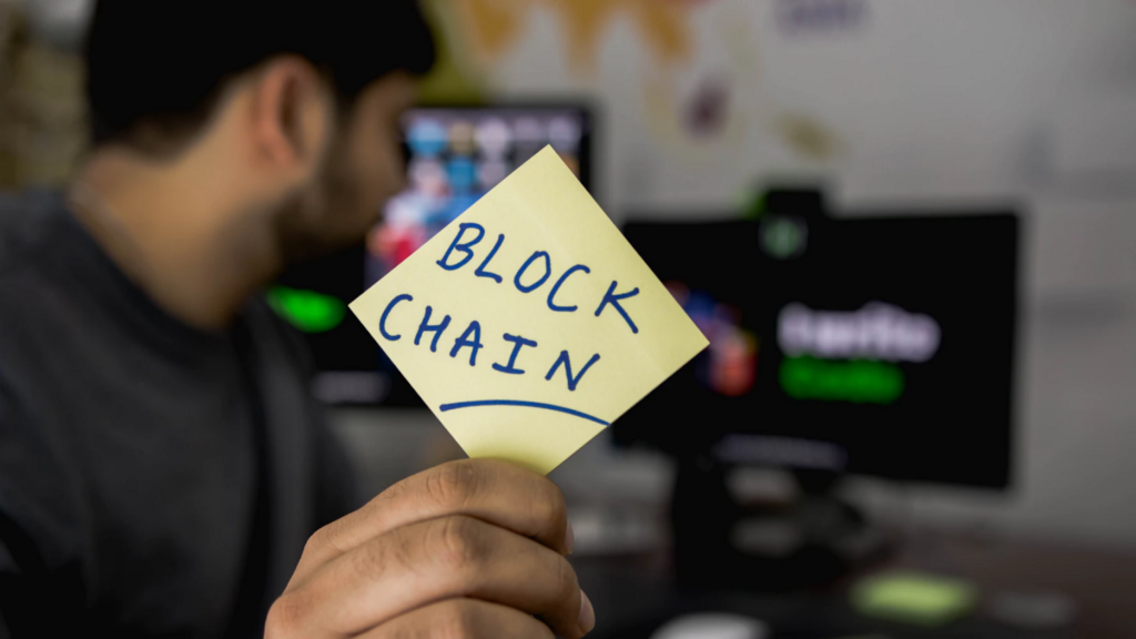 /the-impact-of-blockchain-technology-10-years-from-now-c347e273384d feature image
