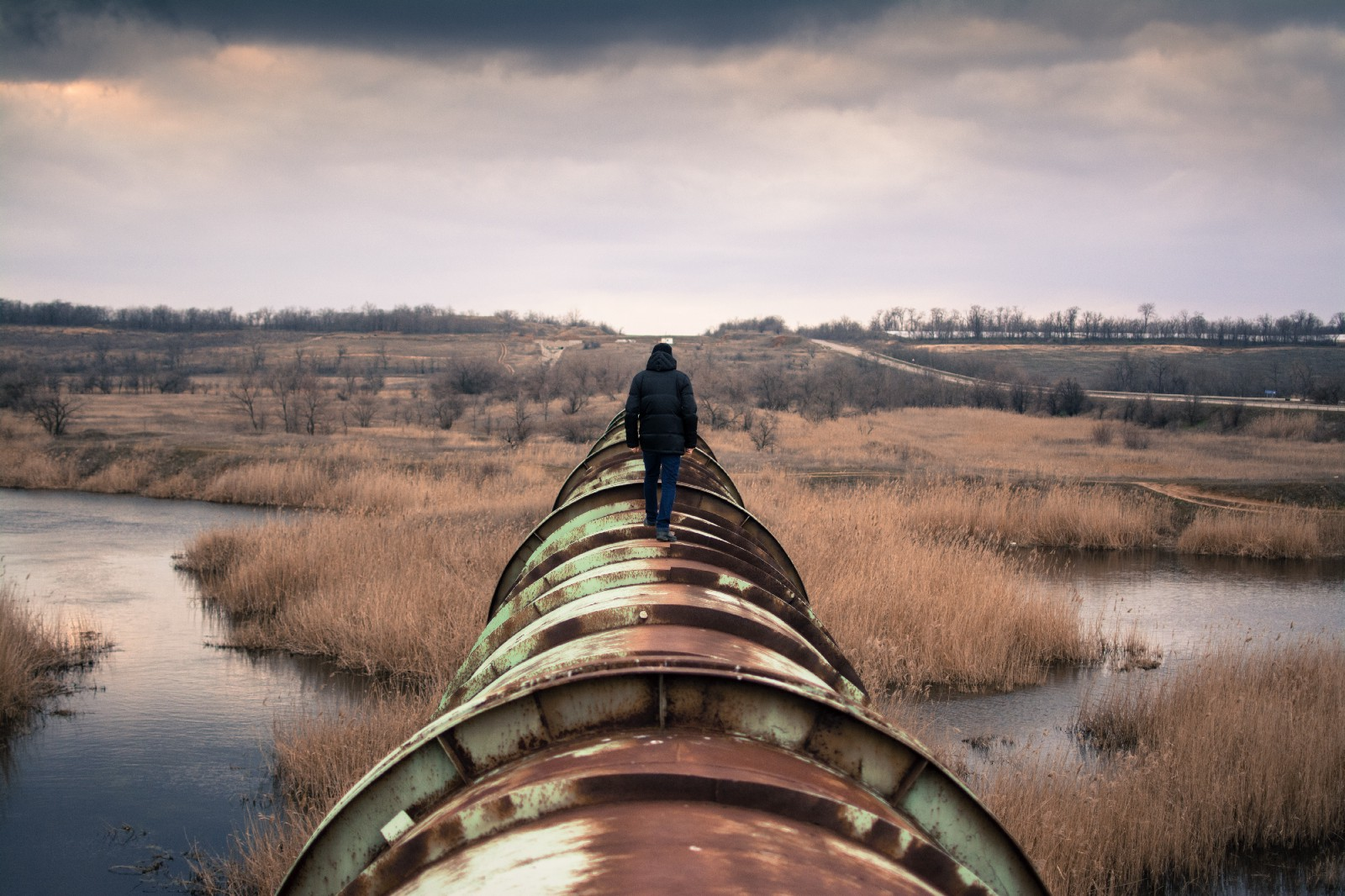 /escaping-pipeline-hell-38d962f66d31 feature image
