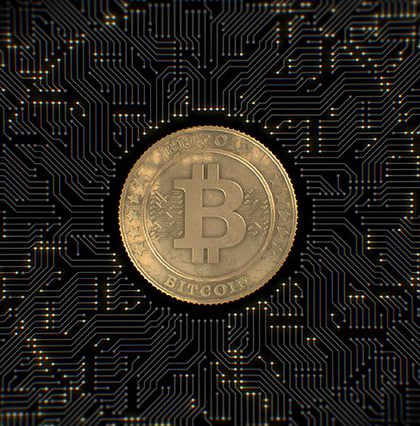 /bitcoin-approaches-6-500-as-the-sec-is-set-to-decide-on-several-bitcoin-etf-applications-e649efb0d285 feature image