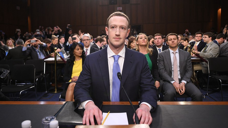 /why-facebook-is-the-perfect-representative-of-techs-privacy-problem-5e5c29063d47 feature image