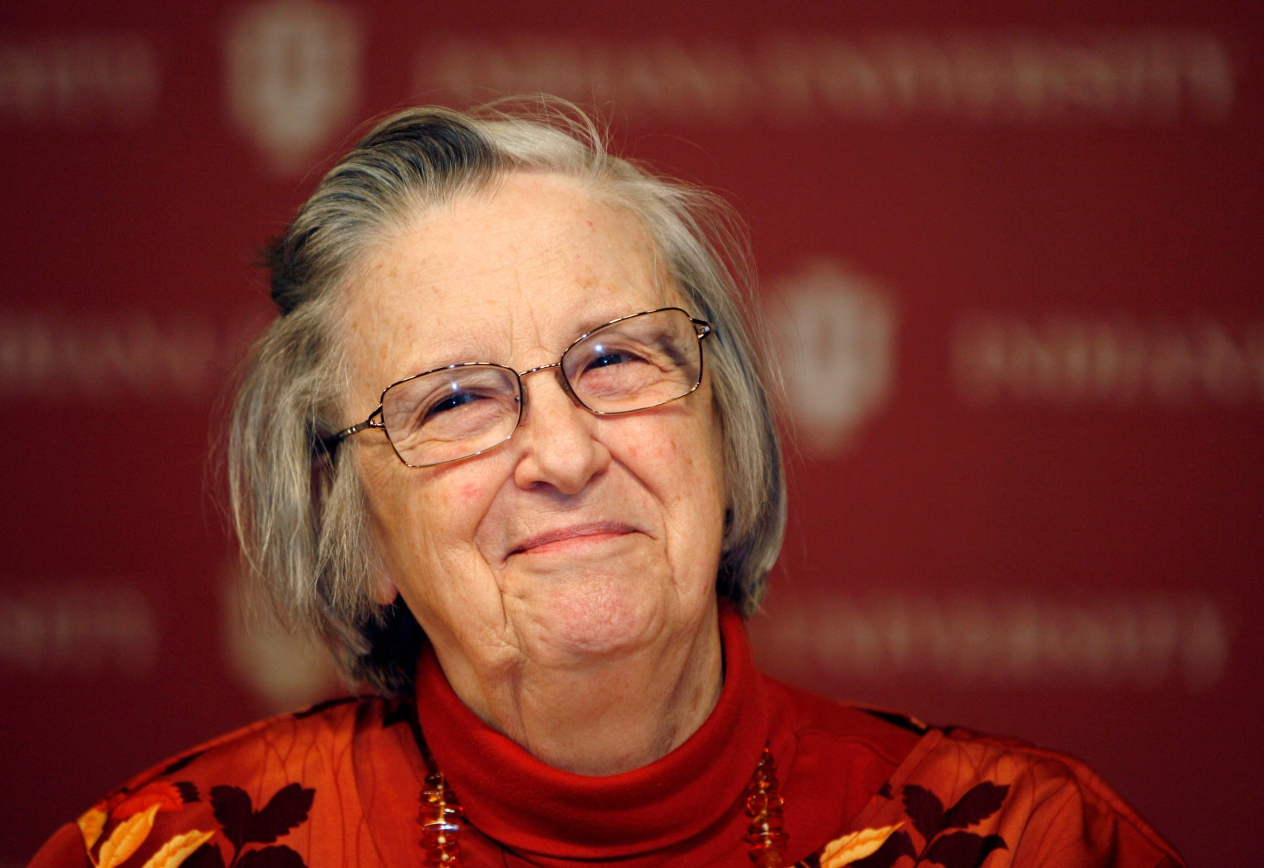/how-can-decentralized-governance-shift-to-a-results-oriented-way-part-2-elinor-ostrom-86397556c9af feature image
