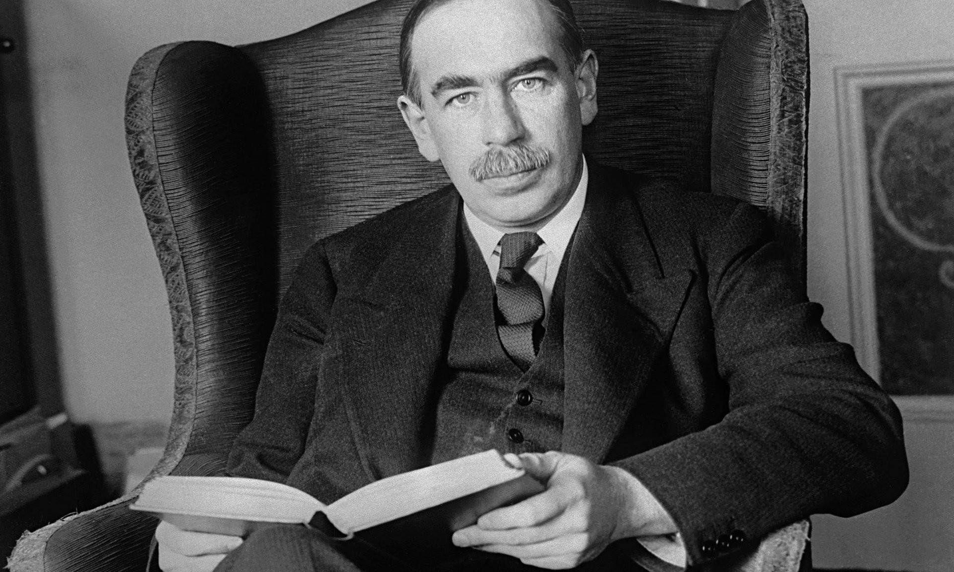 /the-misunderstood-15-hour-work-week-of-john-maynard-keynes-9d4561c96ab6 feature image