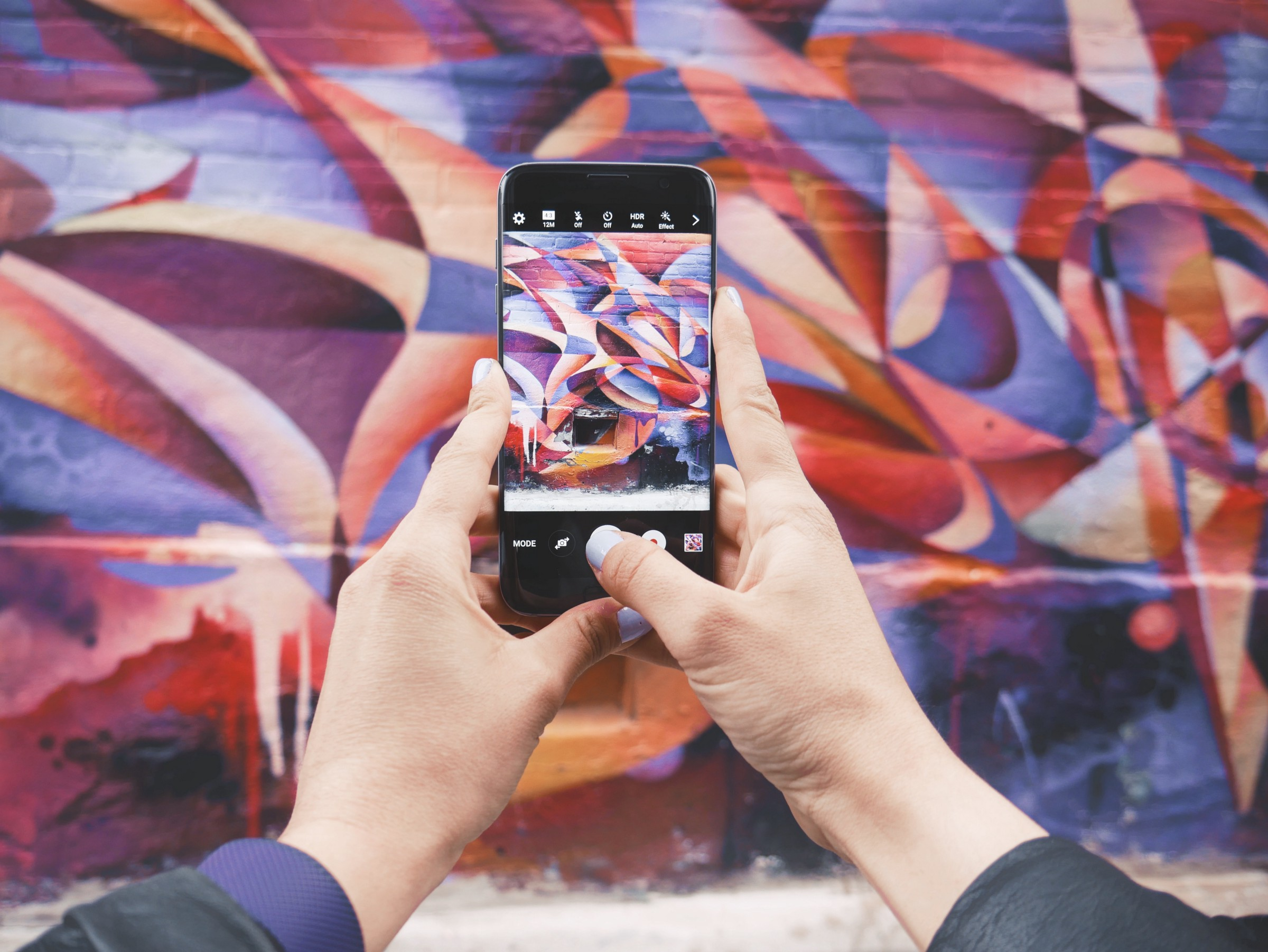 Hacking Instagram: How To Add Infinite Hashtags To Your Post
