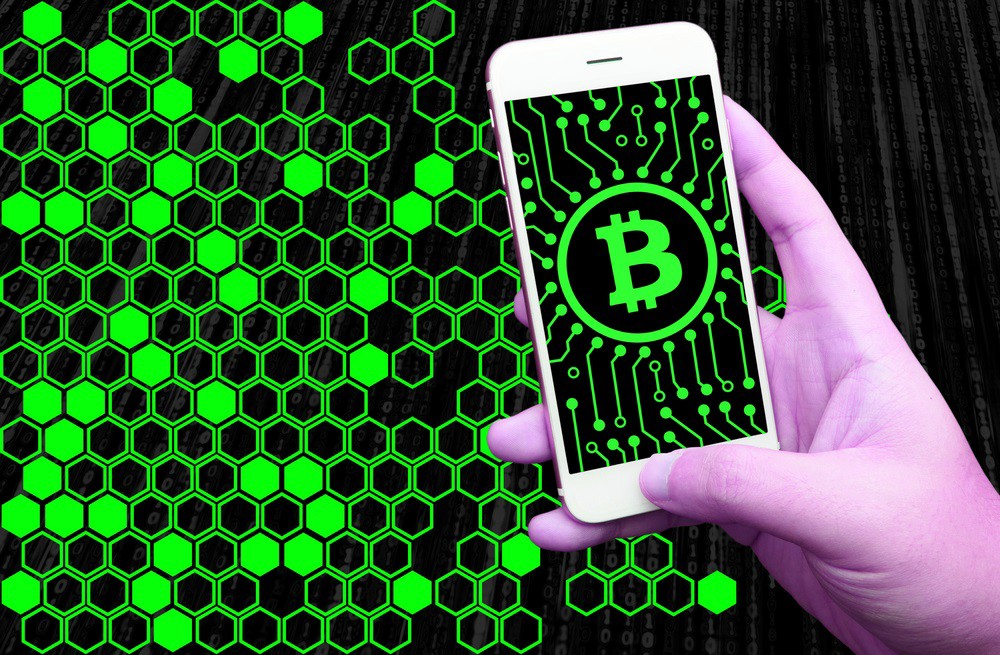 /blockchain-should-think-more-about-mobile-and-ux-e29e4c68d327 feature image