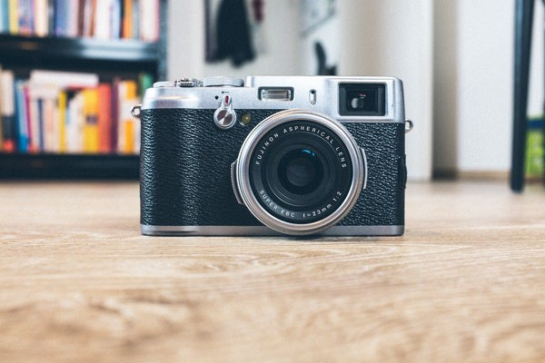 /how-to-search-and-add-unsplash-photos-to-your-cosmic-js-bucket-bdeb172ae163 feature image