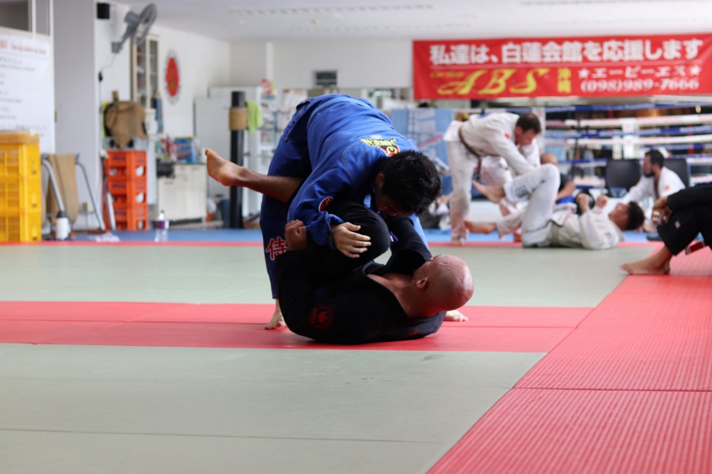 /jiu-jitsu-and-becoming-a-better-developer-ab4669a90145 feature image