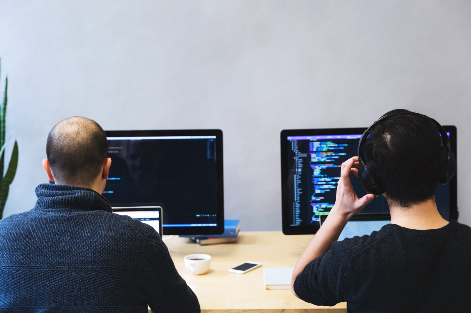 Real-time API Monitoring Using GO and Pusher - By neo