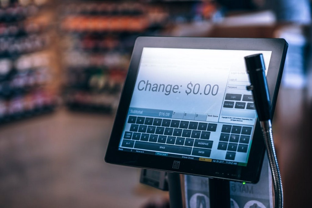 /5-ways-point-of-sale-technology-can-quickly-improve-customer-experience-dba86c518ec2 feature image