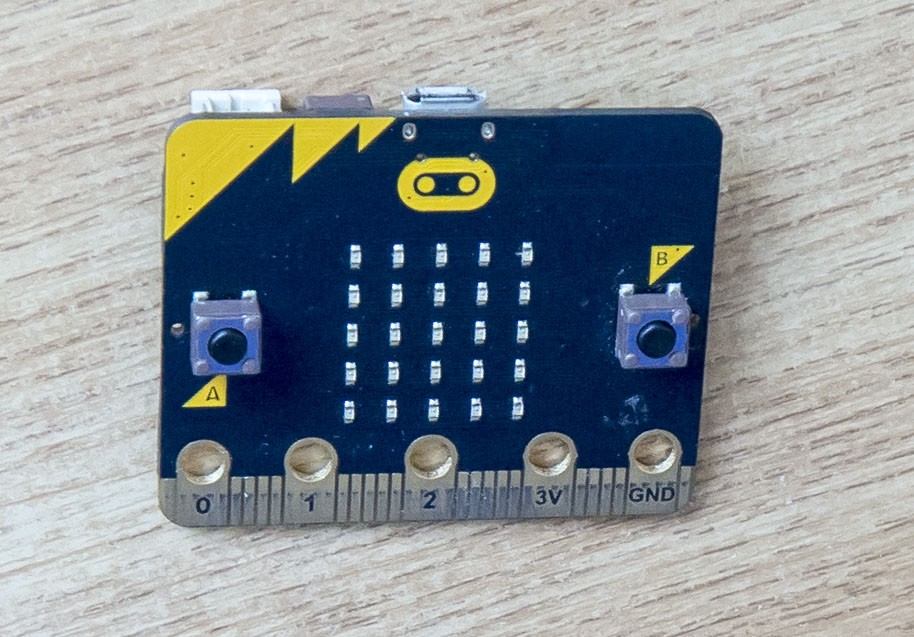 The First Video Game on the BBC Micro:bit [probably] - By