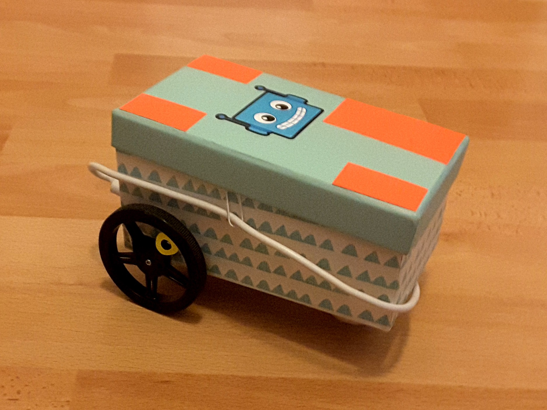 /my-raspberry-pi-on-2-wheels-c7c173918115 feature image
