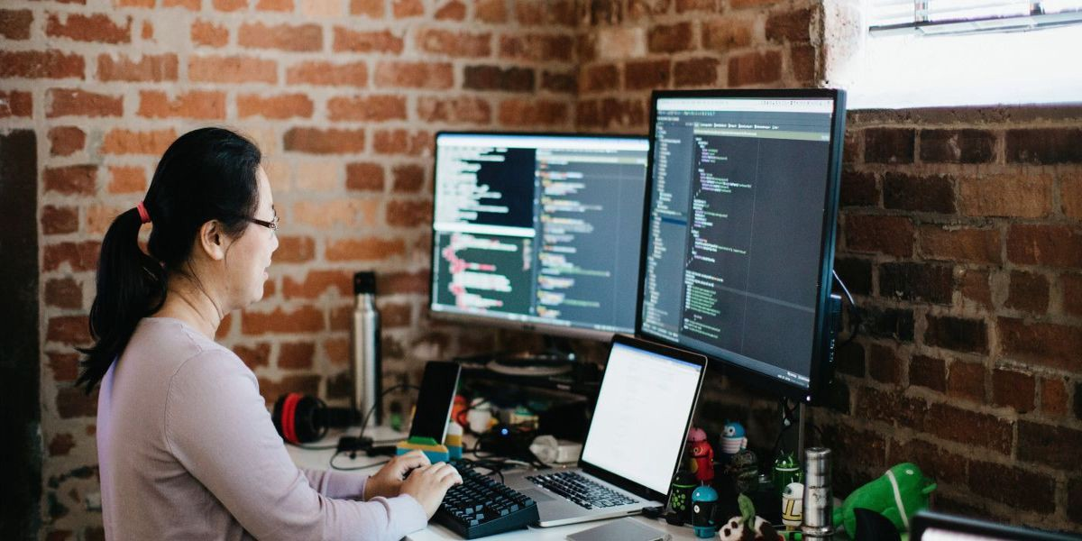 /kick-start-your-career-as-a-software-tester-a-career-avenue-for-you-in-2018-35b6852b858d feature image
