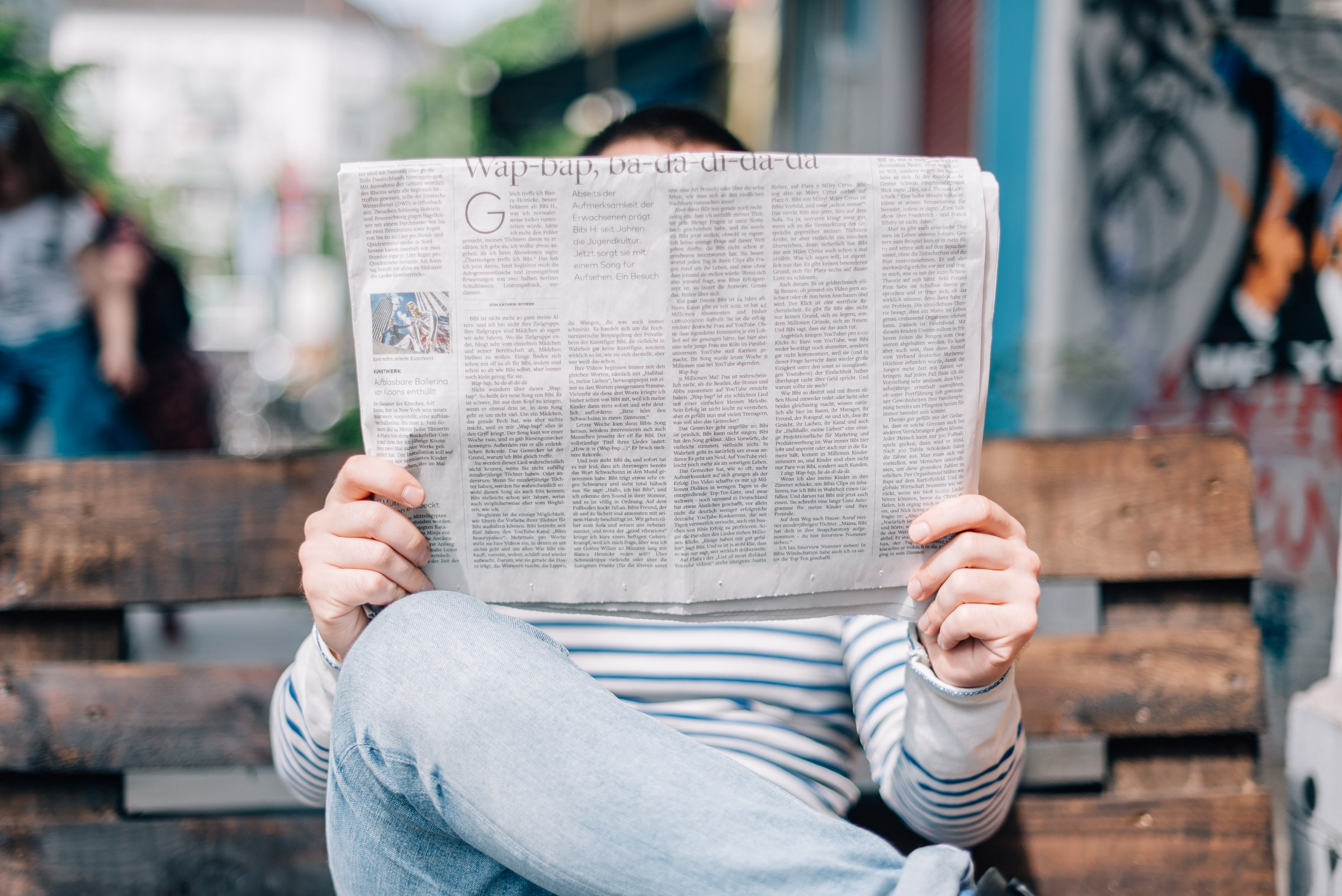 /why-the-newspaper-is-mightier-than-the-blockchain-85318a9b8e93 feature image