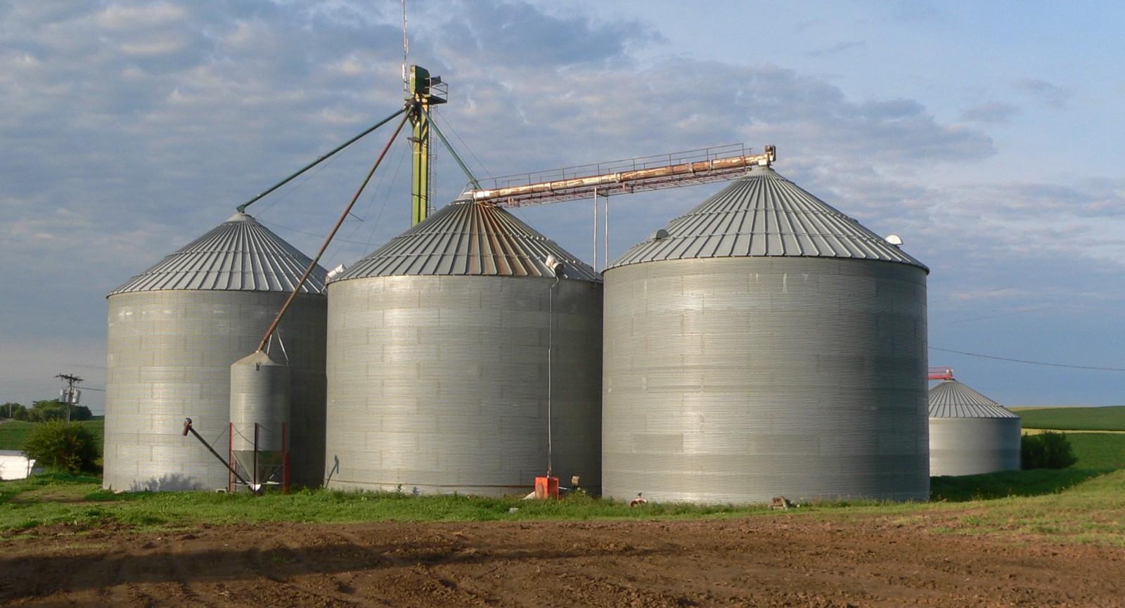 /how-a-north-dakota-farmer-built-an-iot-driven-farm-99a0ecc56f10 feature image