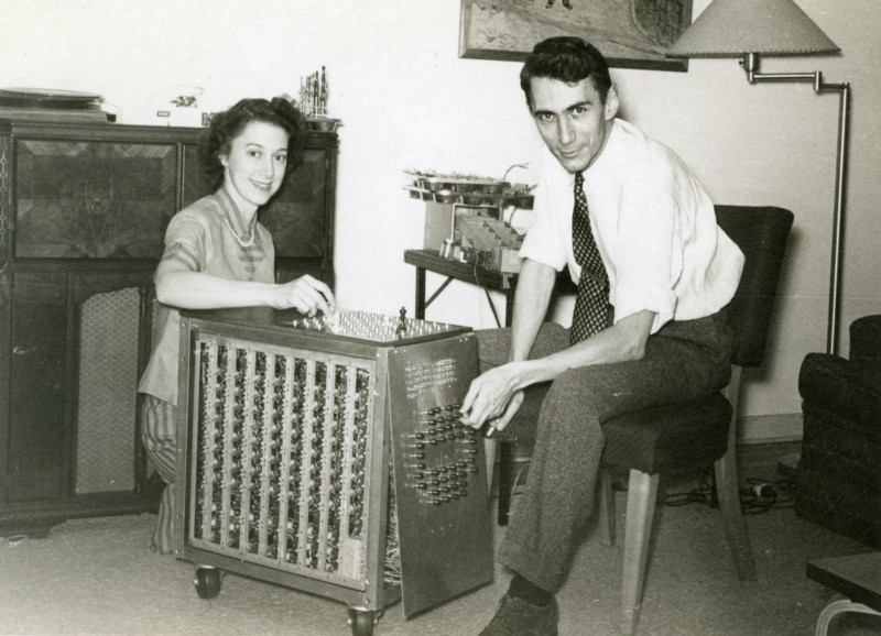 /the-top-hacks-of-a-certified-genius-claude-shannon-at-play-30137b4424b4 feature image