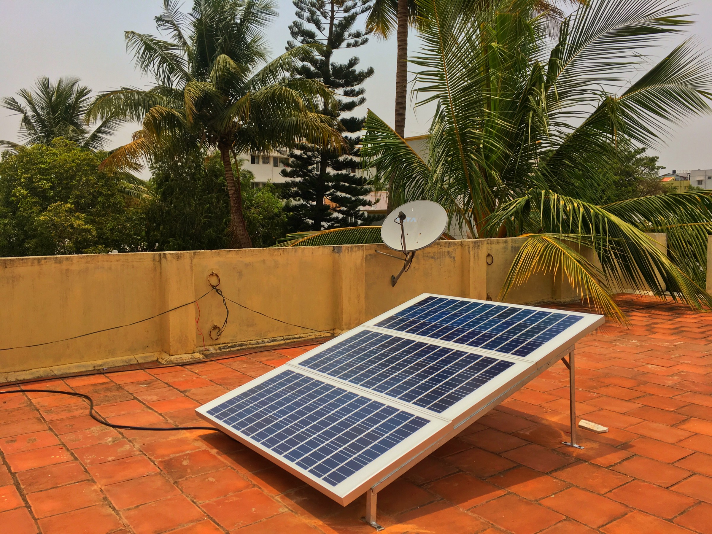 /is-using-the-blazing-sun-to-cool-homes-viable-in-india-bf0c3adac799 feature image