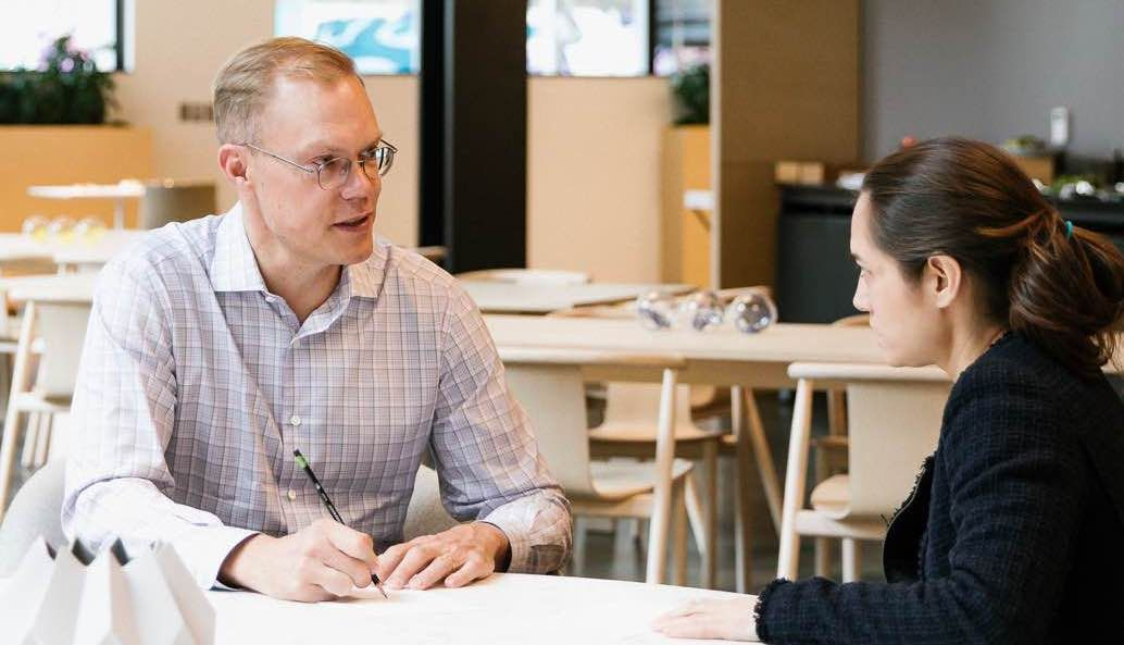 /interview-with-geoff-smart-how-to-hire-top-talent-oa1w331a feature image