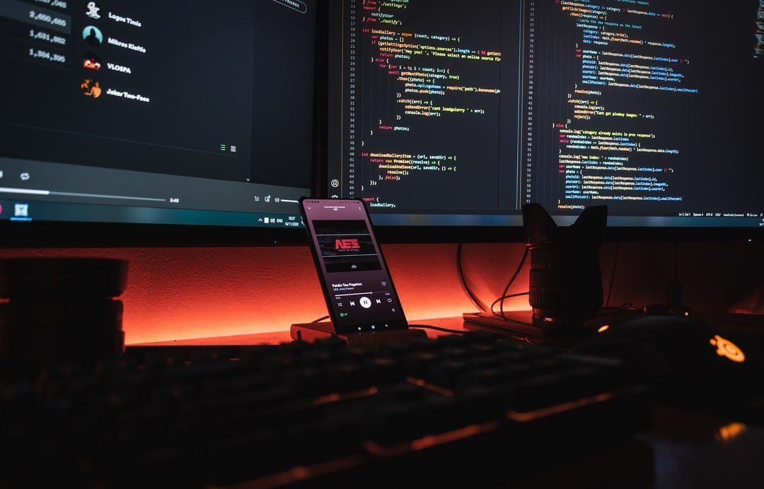 /how-to-become-an-ios-developer-an-essential-guide-gy4f34hq feature image